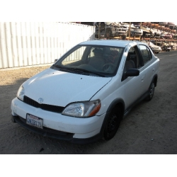 Fresno Acura on Used 2000 Toyota Echo Parts Car   White With Gray Interior  4 Cylinder