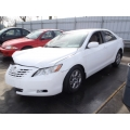 Used 2007 Toyota Camry Parts Car - White with gray interior, 4 cylinder engine, Automatic transmission