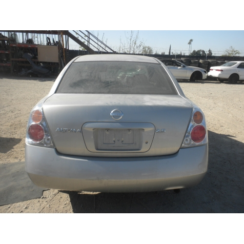 Used 2002 Nissan Altima Parts Car Silver With Gray Interior 4 Cyl Engine Automatic Transmission