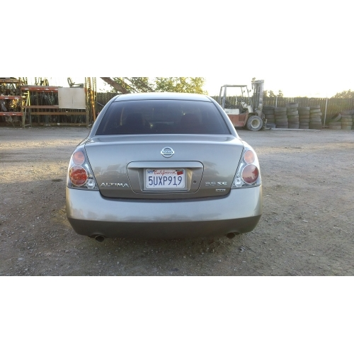 Used 2004 Nissan Altima Parts Car   Gray With Black Interior, 4 Cyl Engine,  Automatic Transmission