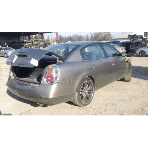 Used 2003 Nissan Altima Parts Car Brown With Black Interior 4 Cyl Engine Automatic Transmission