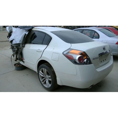 Used 2012 Nissan Altima Parts Car White With Black Interior 4 Cyl Engine Automatic Transmission