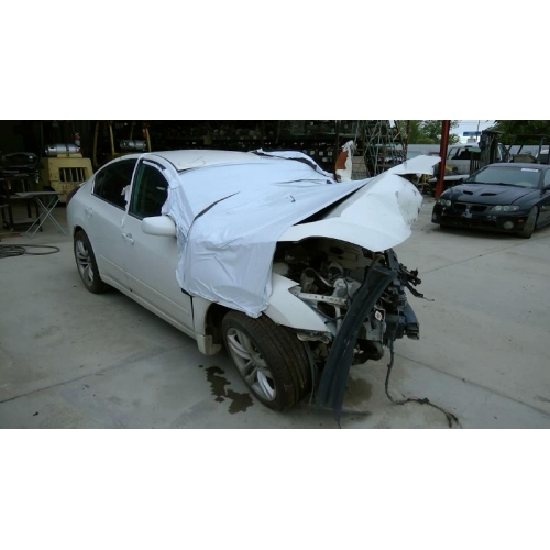 Used 2012 Nissan Altima Parts Car   White With Black Interior, 4 Cyl  Engine, Automatic Transmission*