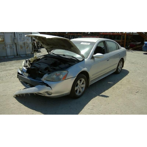 Nice Used 2003 Nissan Altima Parts Car   Silver With Black Interior, 4 Cyl  Engine, Automatic Transmission*