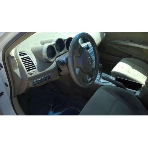 Used 2005 Nissan Maxima Parts Car White With Brown Interior 6 Cyl