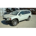 Used 2004 Mitsubishi Endeavor Parts Car - White with gray interior, 6 cylinder, automatic transmission*