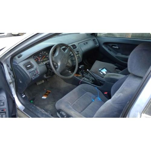 Used 2000 Honda Accord Parts Car Silver With Black