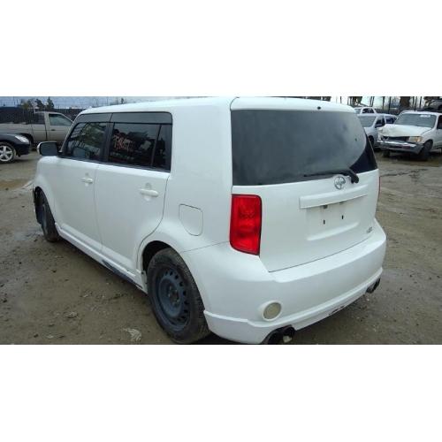 Used 2008 Scion Xb Parts Car White With Black Interior 4