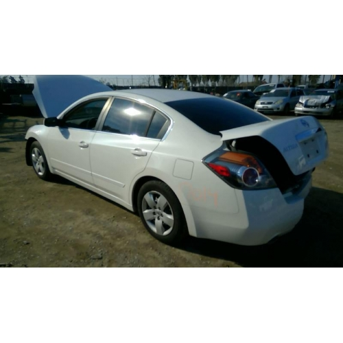 Used 2007 Nissan Altima Parts Car White With Gray Interior 4 Cyl Engine Automatic Transmission
