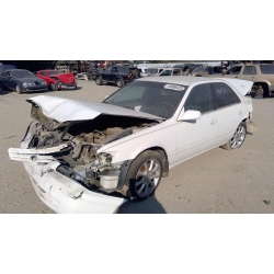 Used 1997 Toyota Camry LE Parts Car - White with tan interior, 6 cylinder engine, Automatic transmission