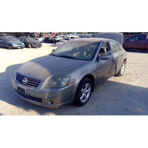 Used 2005 Nissan Altima Parts Car Gold With Brown Interior 4 Cyl